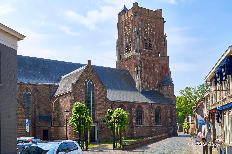 Woudrichem, Sint-Martinuskerk