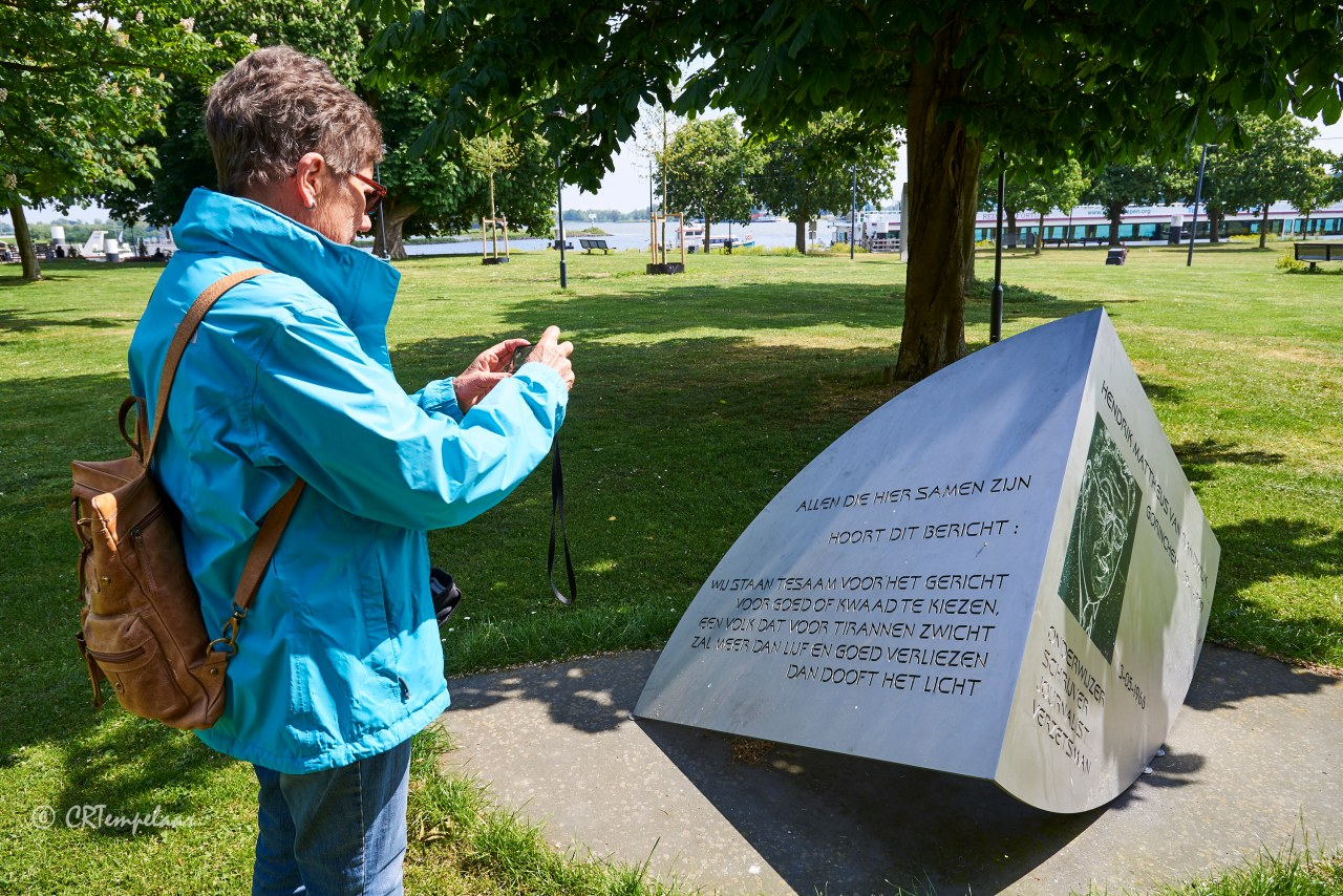 Gorinchem, H.M. van Randwijk monument
