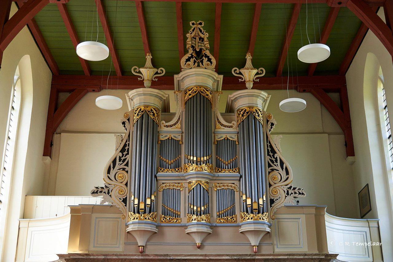 Rolde, Jacobuskerk